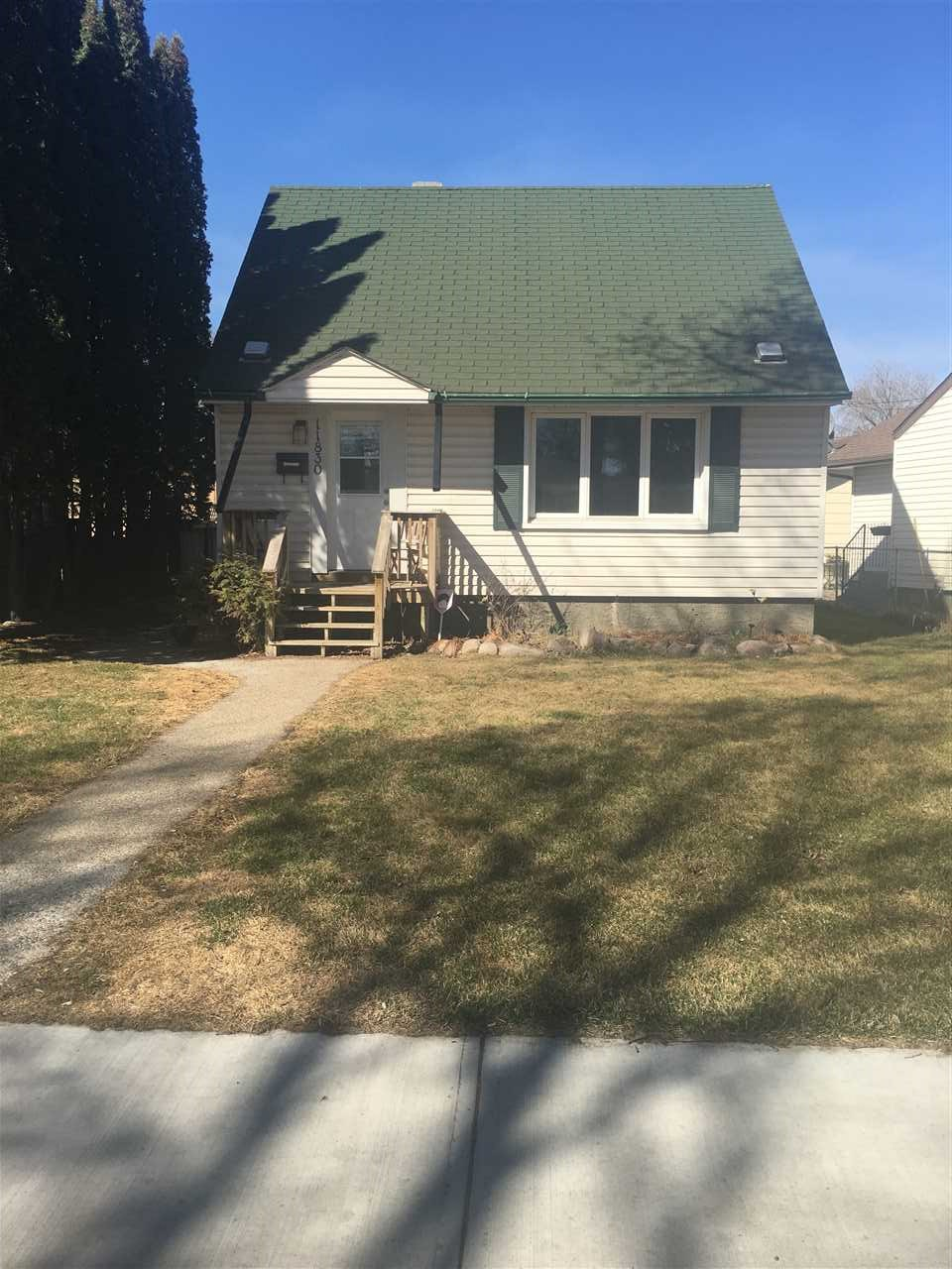 MLS® listing #E4153295 for sale located at 11830 59 Street