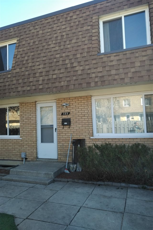 MLS® listing #E4153389 for sale located at 145 Londonderry Square