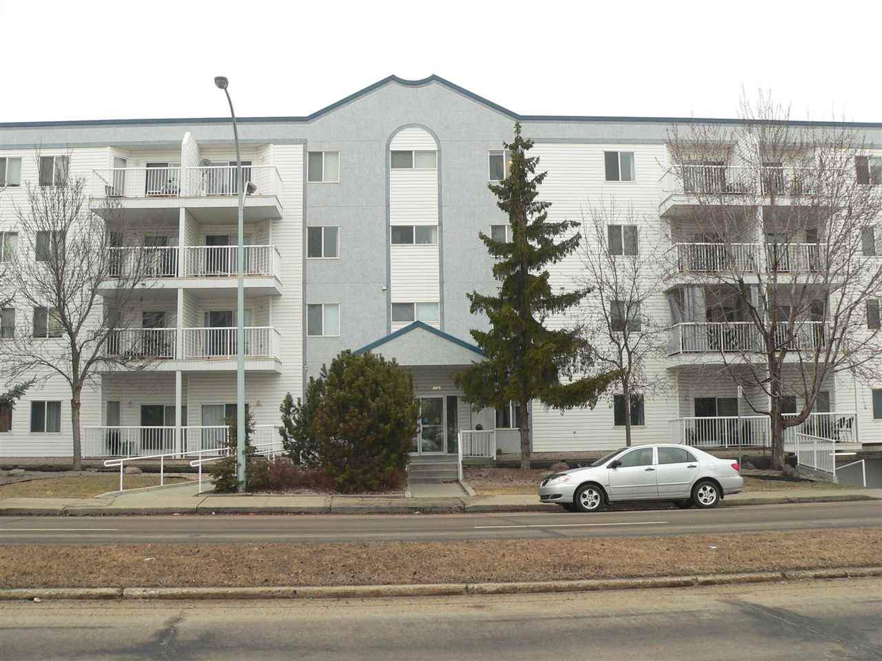 MLS® listing #E4153840 for sale located at 201 11446 40 Avenue