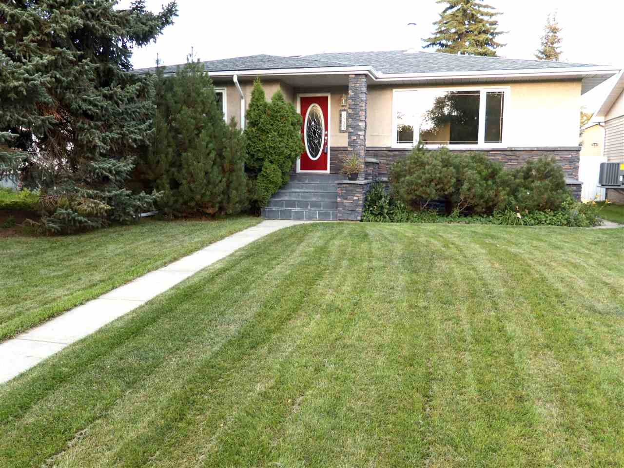 MLS® listing #E4153856 for sale located at 9535 148 Street NW