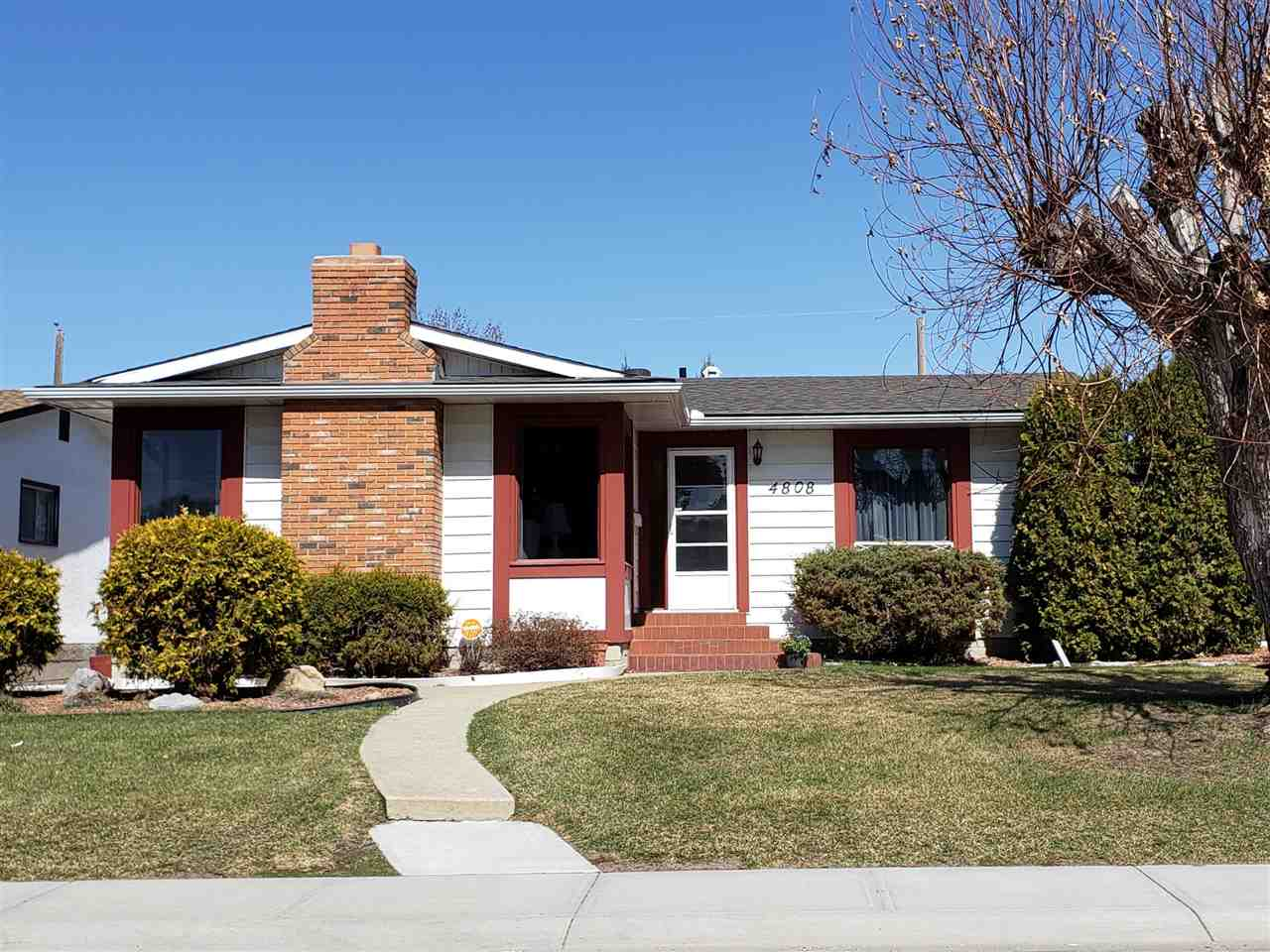 MLS® listing #E4153960 for sale located at 4808 109A Avenue