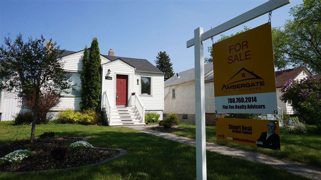 MLS® listing #E4154273 for sale located at 11509 67 Street