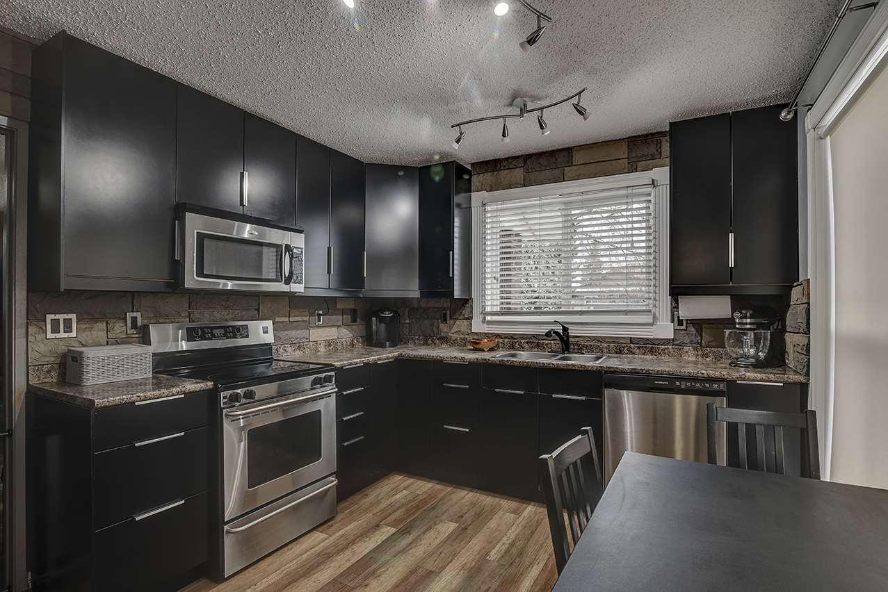 MLS® listing #E4154782 for sale located at 9507 175 Avenue NW