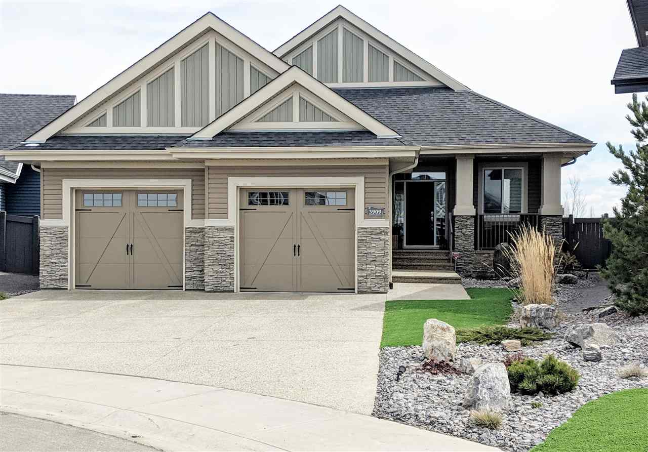 MLS® listing #E4154812 for sale located at 3909 GINSBURG Crescent