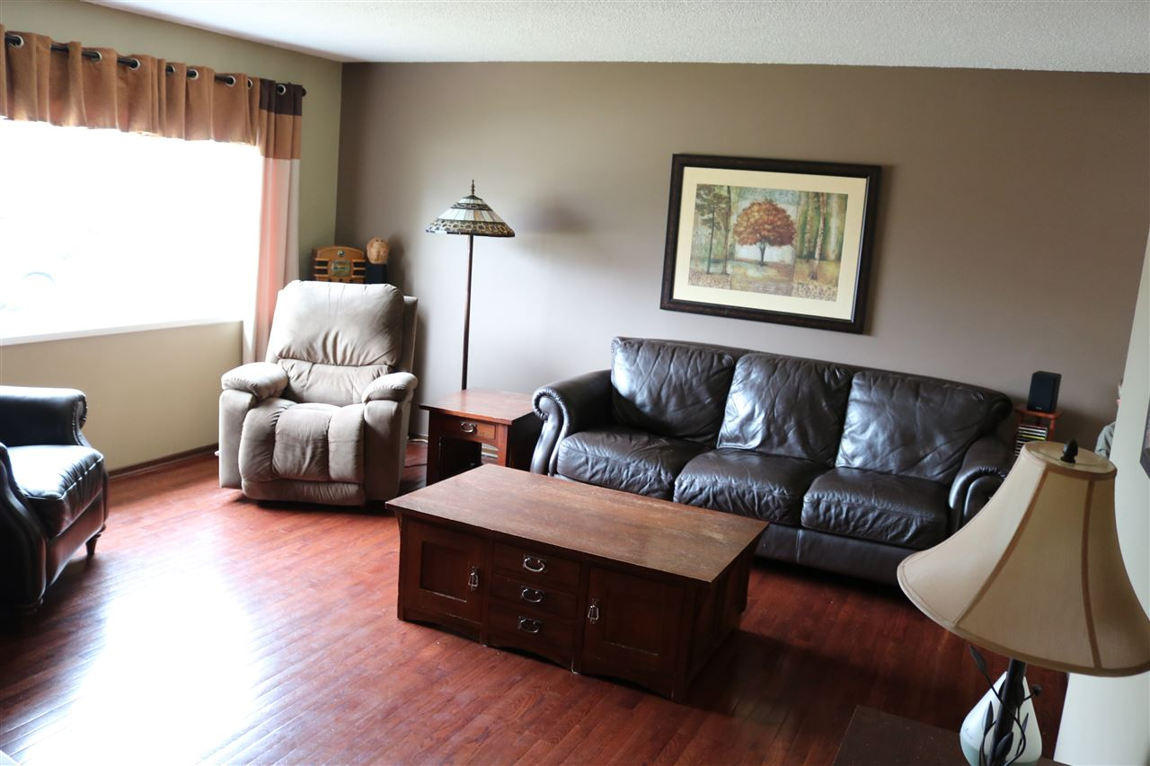 MLS® listing #E4155292 for sale located at 9527 134 Avenue