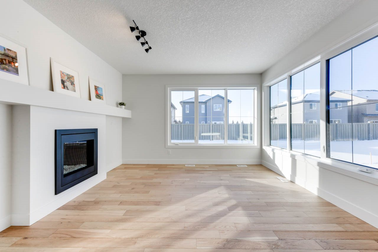 MLS® listing #E4155414 for sale located at 6329 CRAWFORD Link