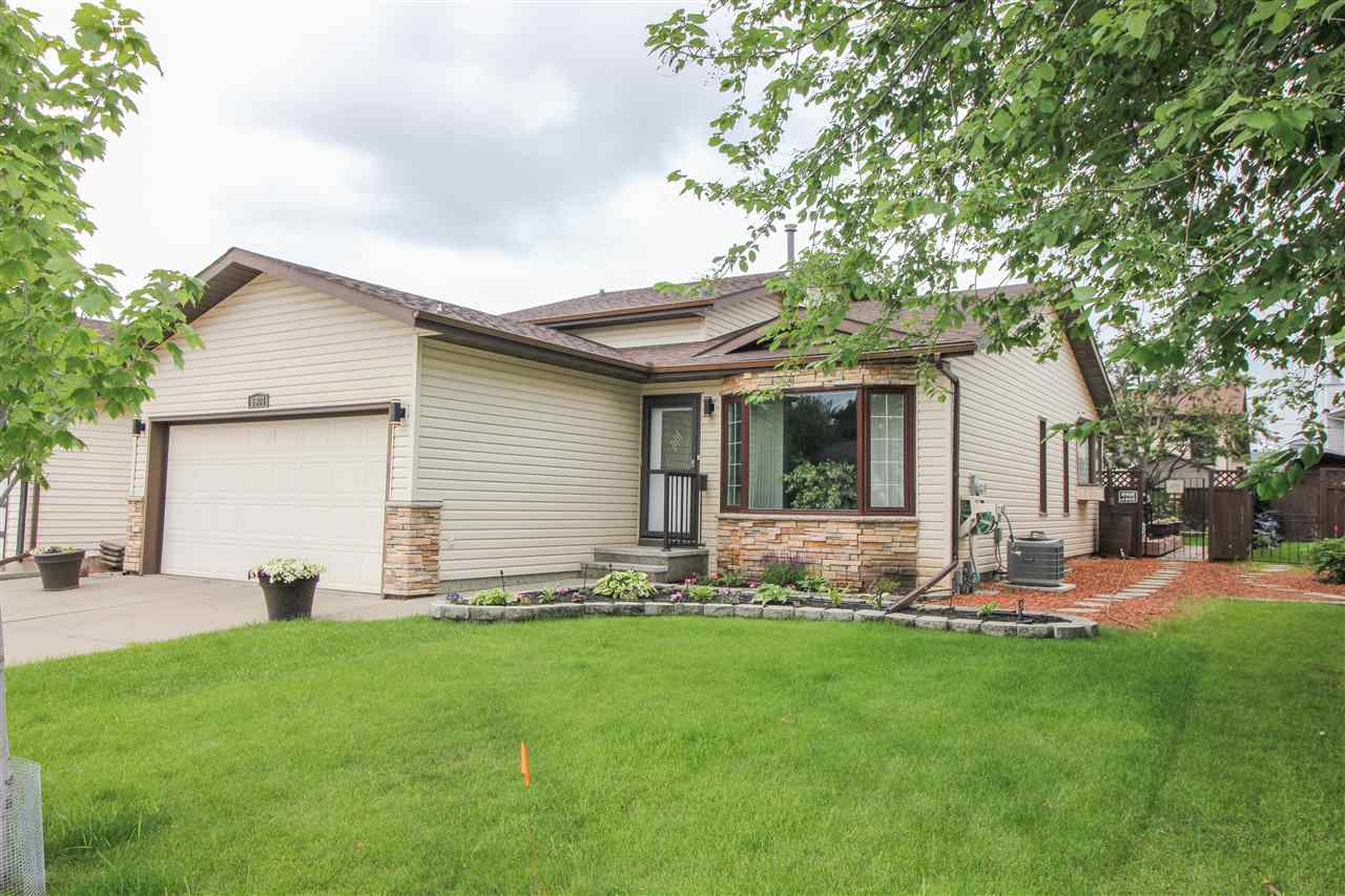 MLS® listing #E4155446 for sale located at 6904 152B Avenue