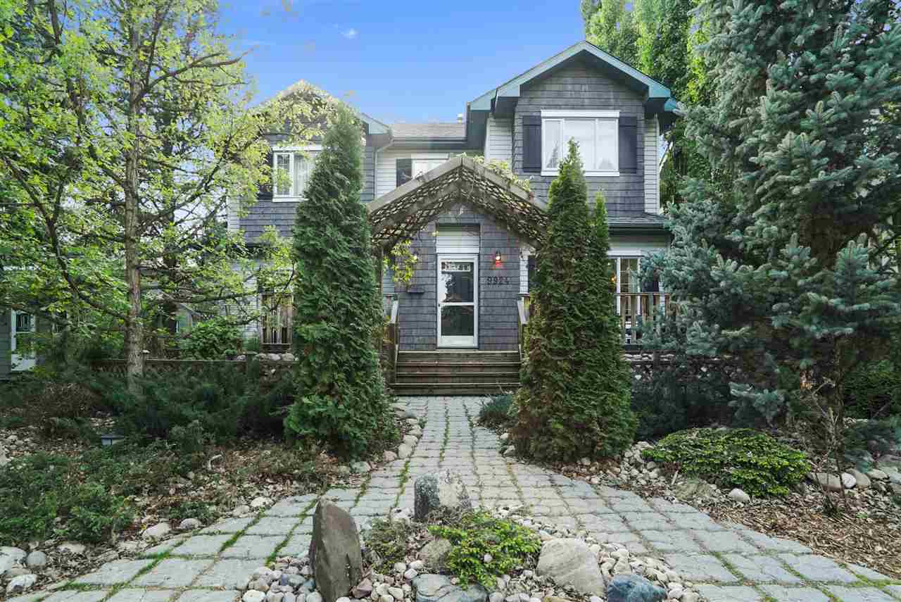 MLS® listing #E4155577 for sale located at 9924 146 Street