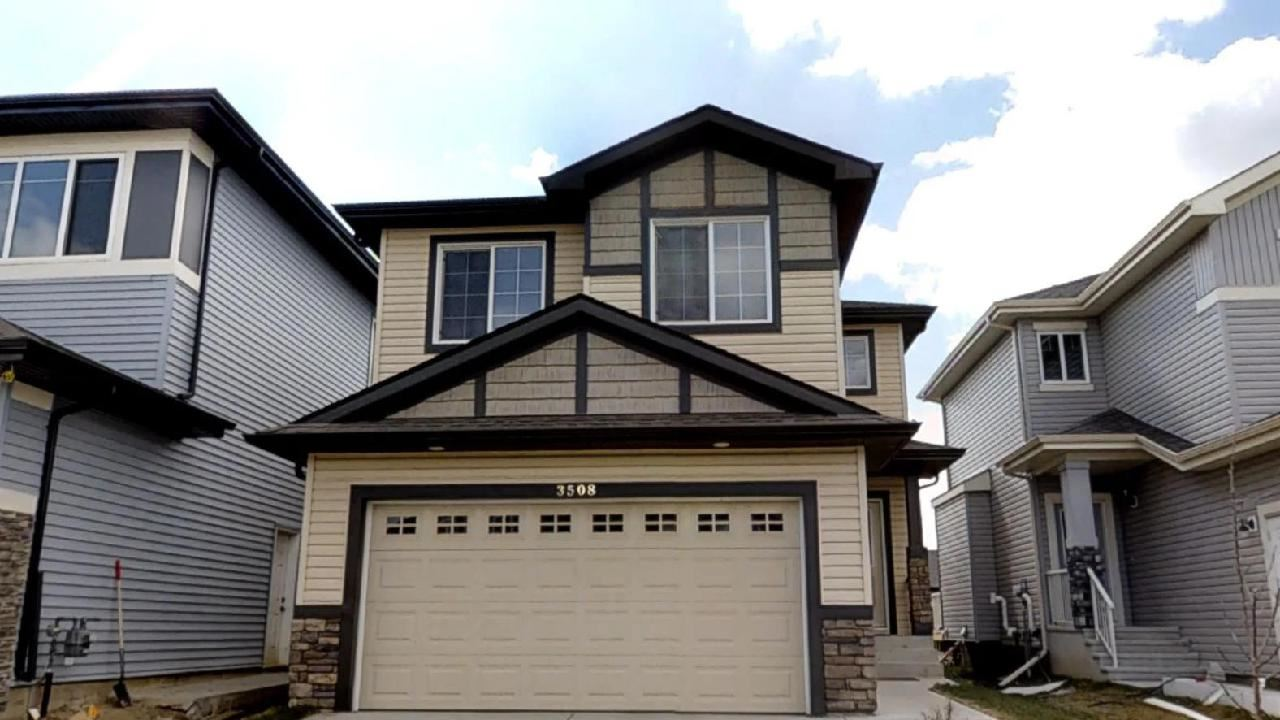 MLS® listing #E4155924 for sale located at 3508 8 Street