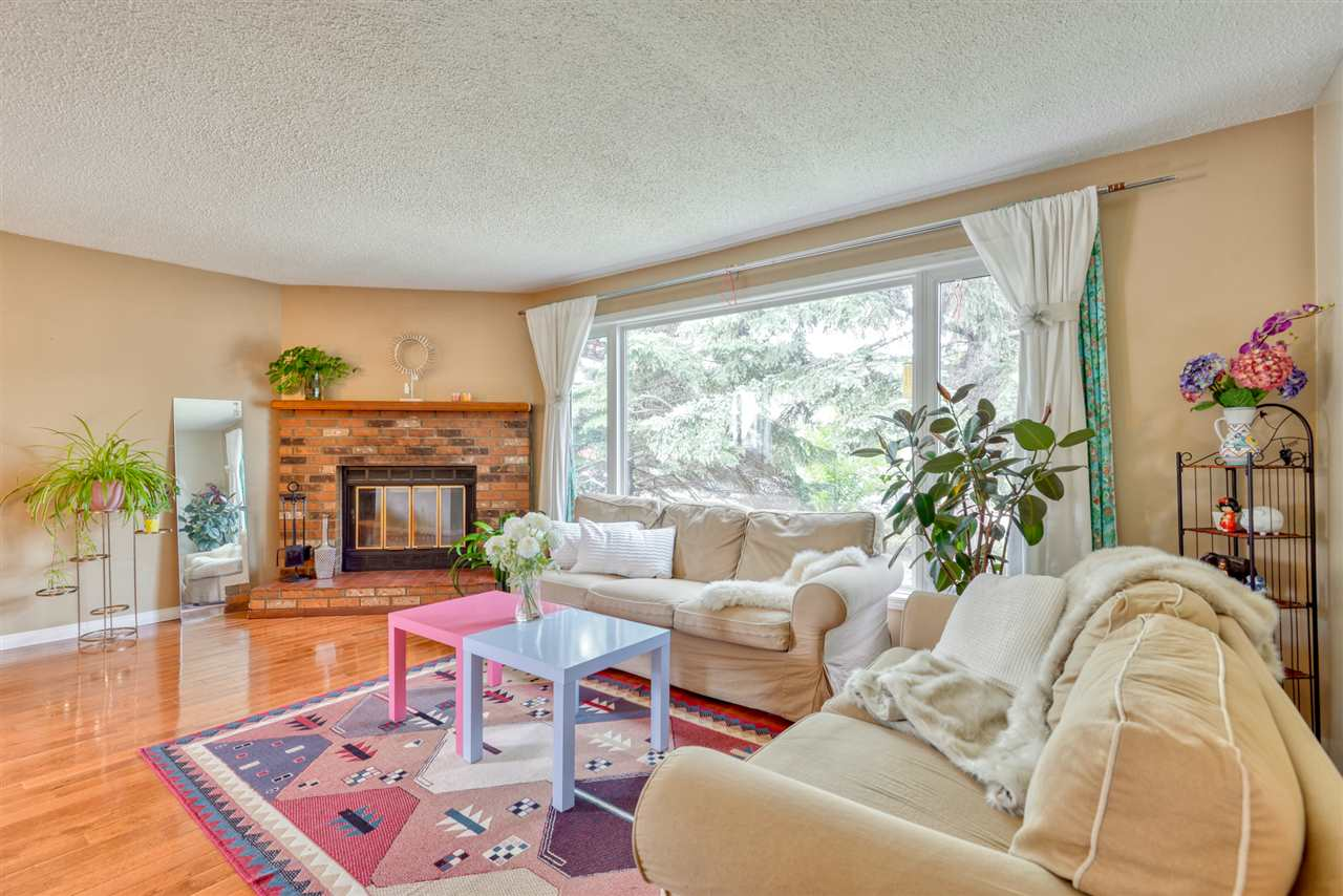 MLS® listing #E4156018 for sale located at 10420 36 Avenue