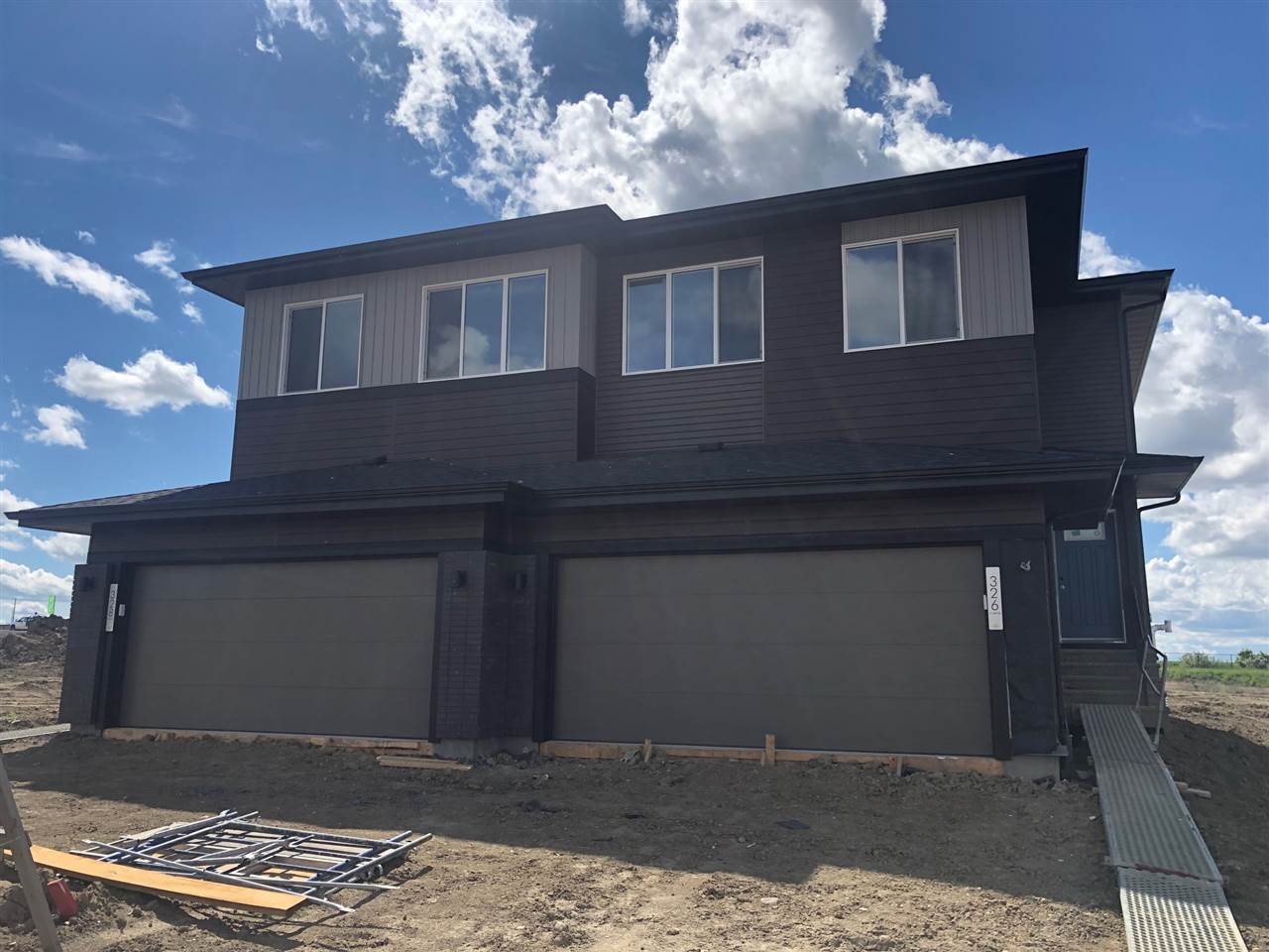 MLS® listing #E4156472 for sale located at 326 41 Street