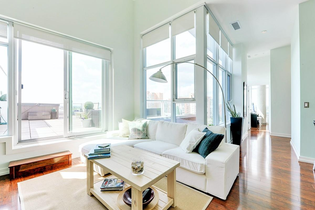 MLS® listing #E4156655 for sale located at 801 2612 109 Street