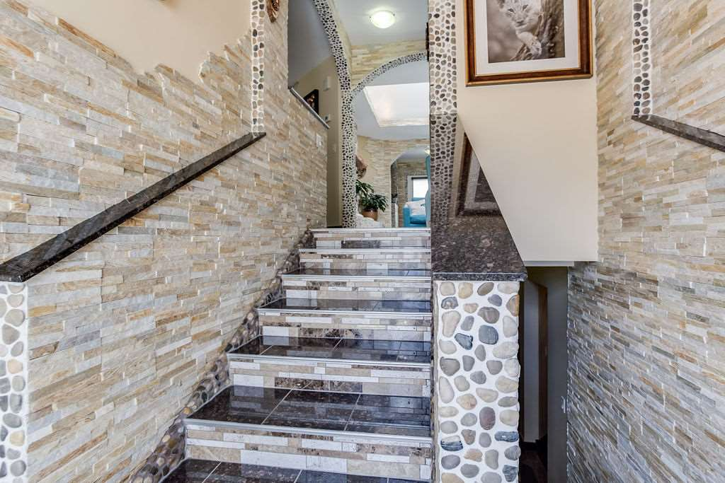 MLS® listing #E4156700 for sale located at 7704 188 Street