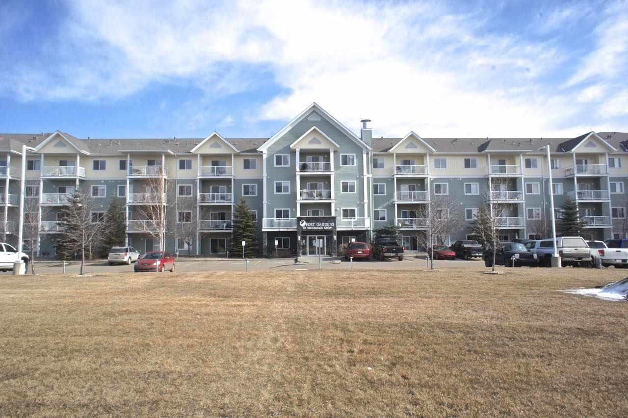 MLS® listing #E4156912 for sale located at 324 70 Woodsmere Close
