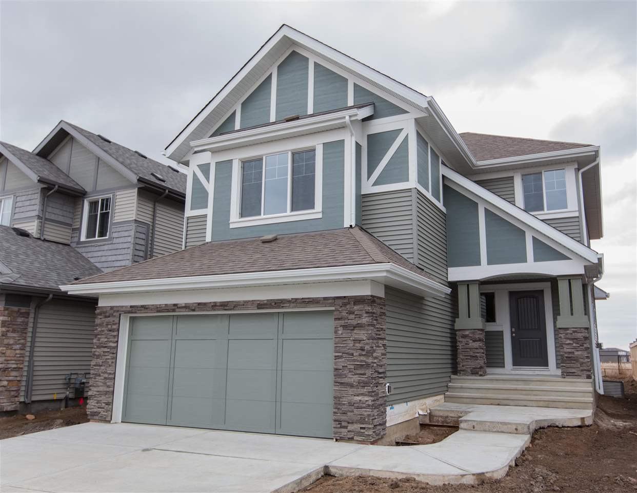 MLS® listing #E4157078 for sale located at 15819 18 Avenue