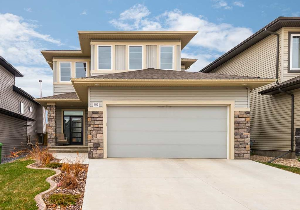 MLS® listing #E4157123 for sale located at 190 Woodhill Lane
