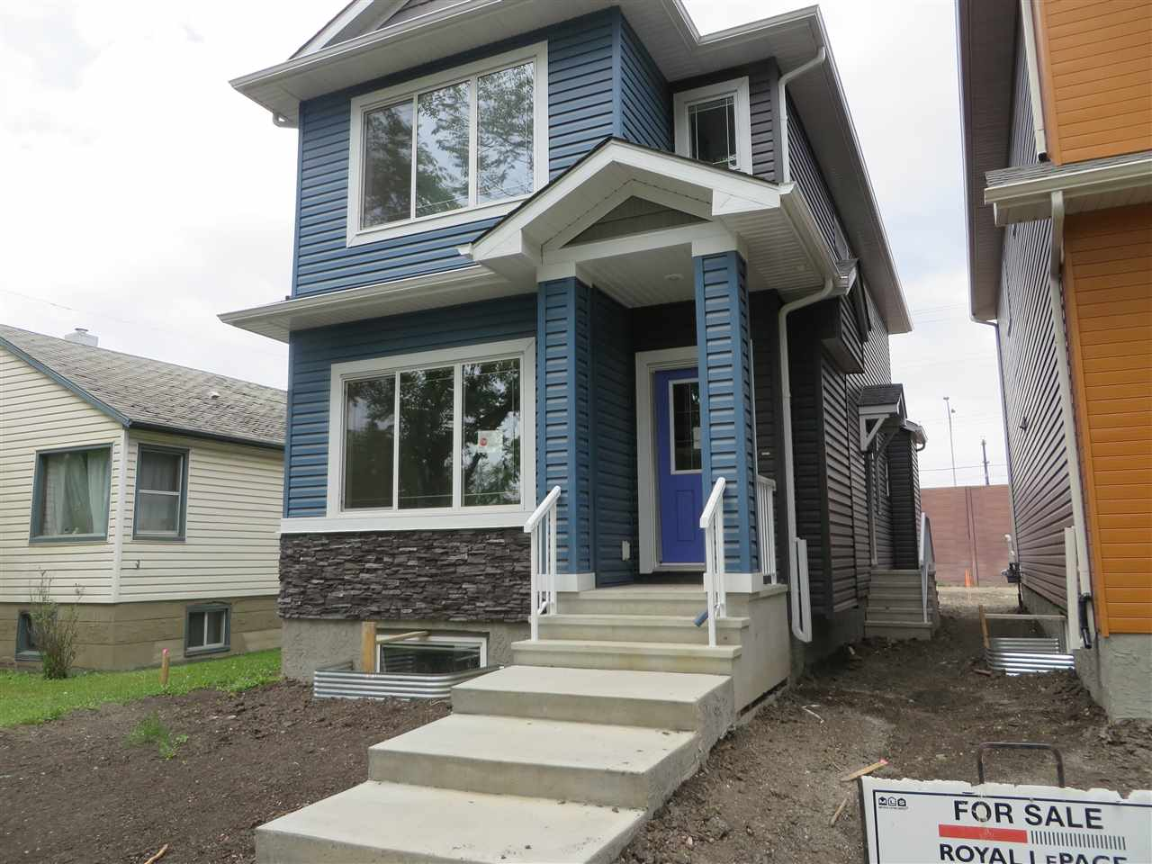 MLS® listing #E4157197 for sale located at 9214 124A Avenue