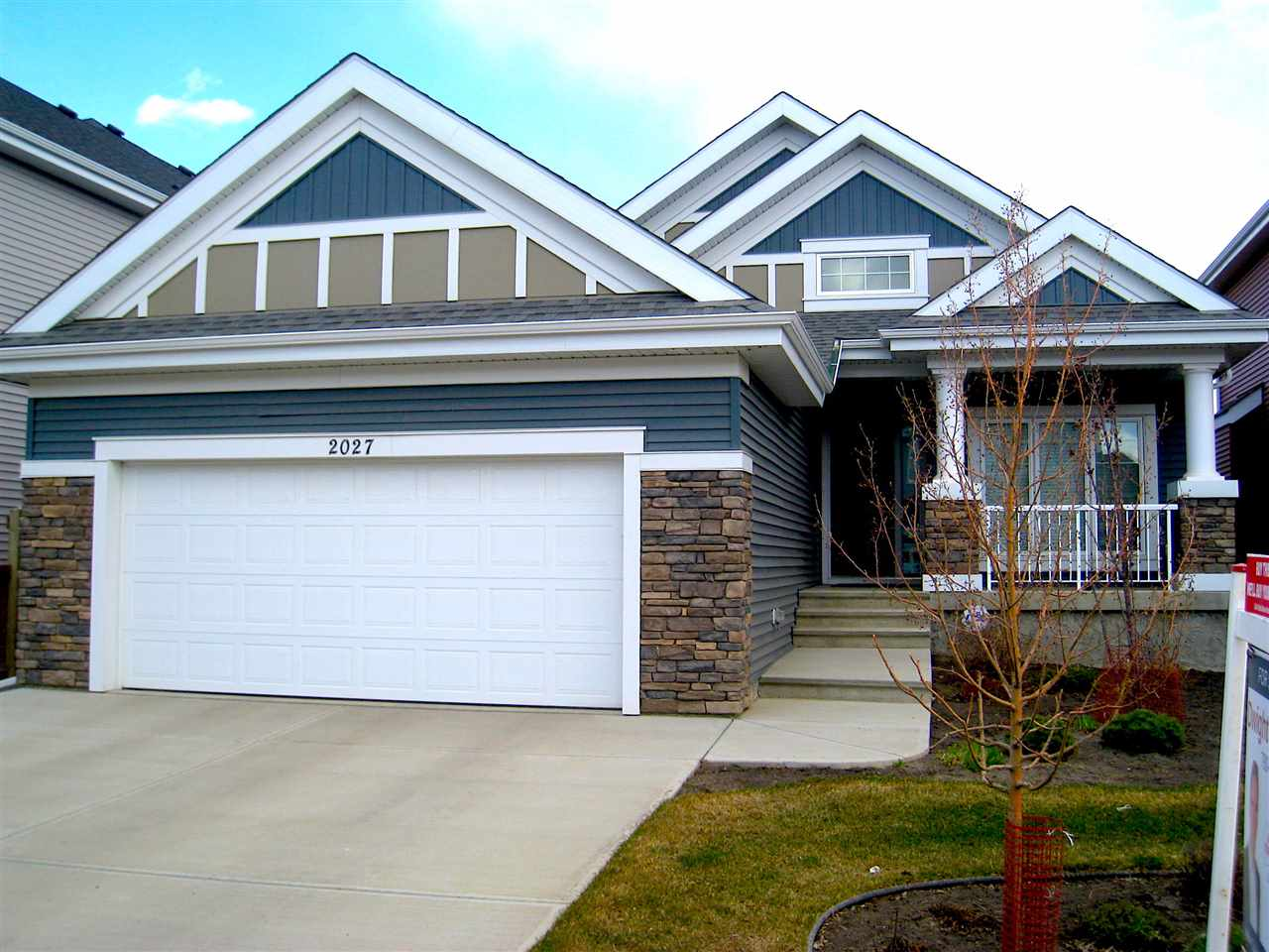 MLS® listing #E4157388 for sale located at 2027 90 Street