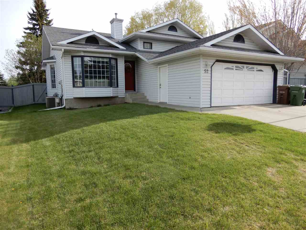 MLS® listing #E4157643 for sale located at 52 HOLMGREN Crescent