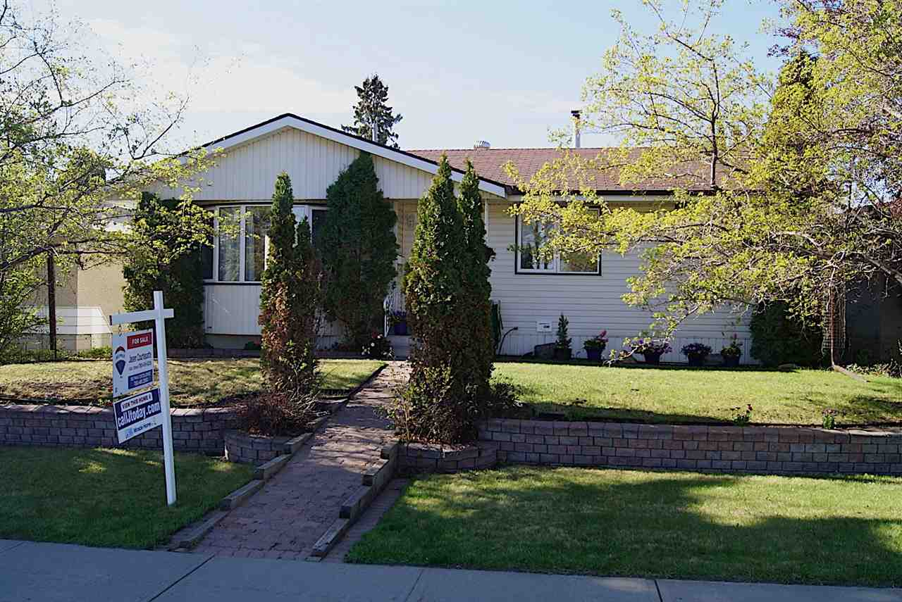 MLS® listing #E4157795 for sale located at 11619 51 Avenue
