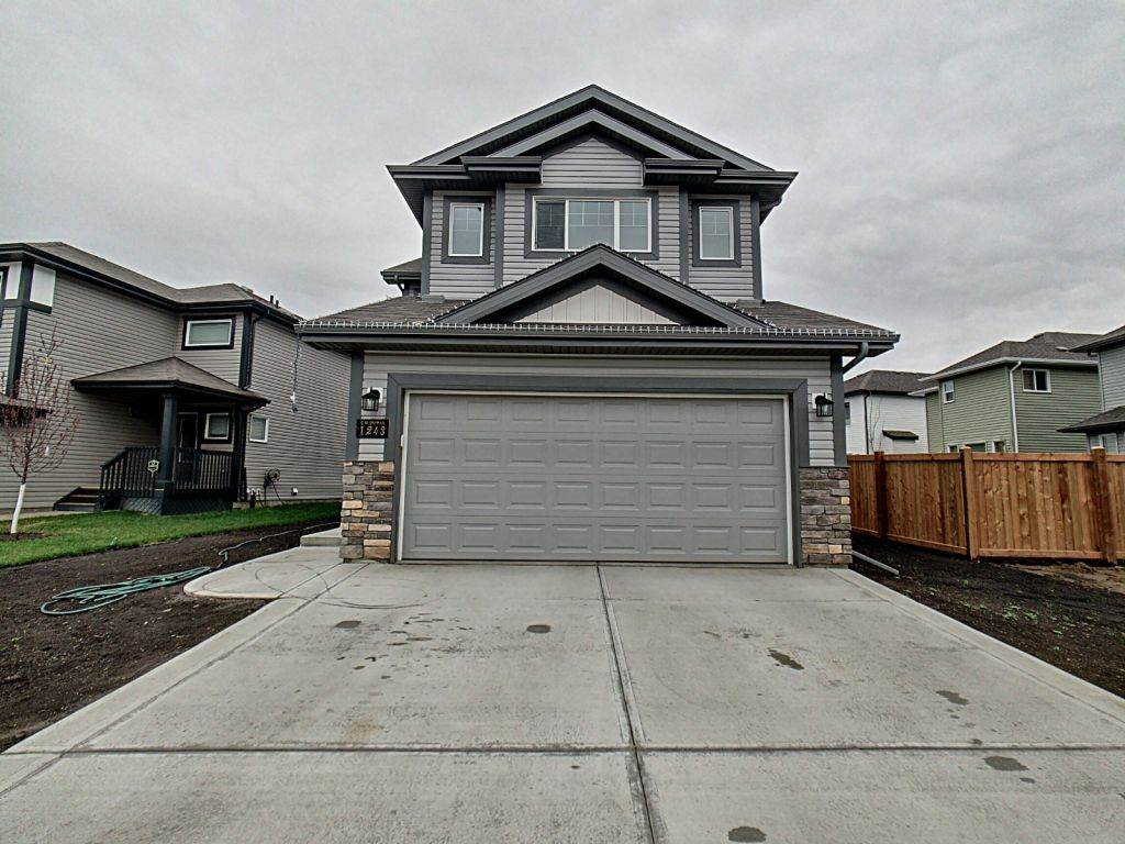MLS® listing #E4157907 for sale located at 1243 25 Avenue