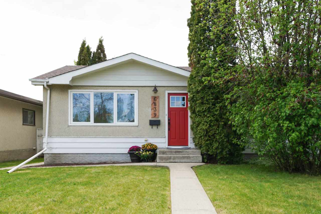 MLS® listing #E4157925 for sale located at 6839 90 Avenue