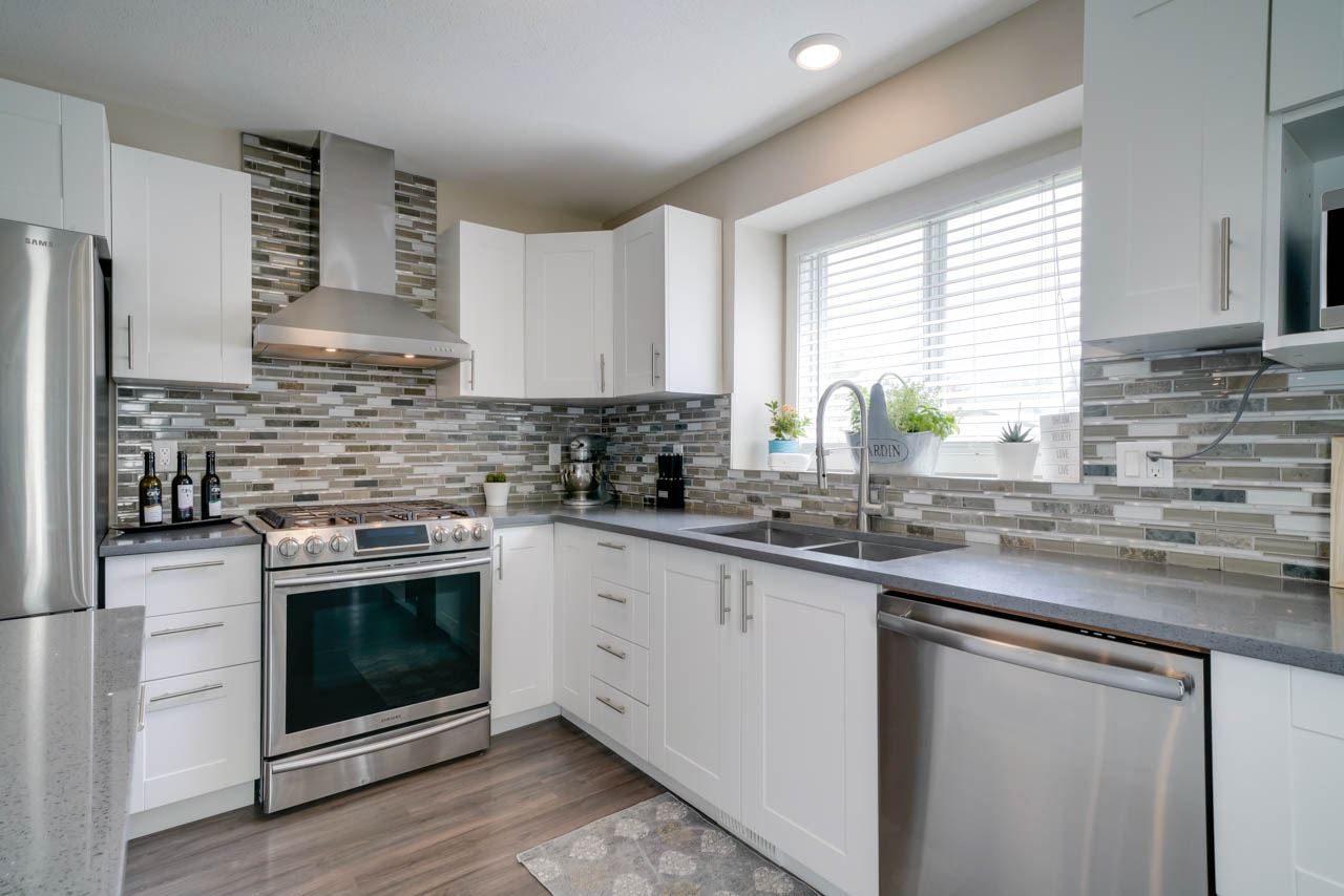 MLS® listing #E4157927 for sale located at 9307 168 Avenue