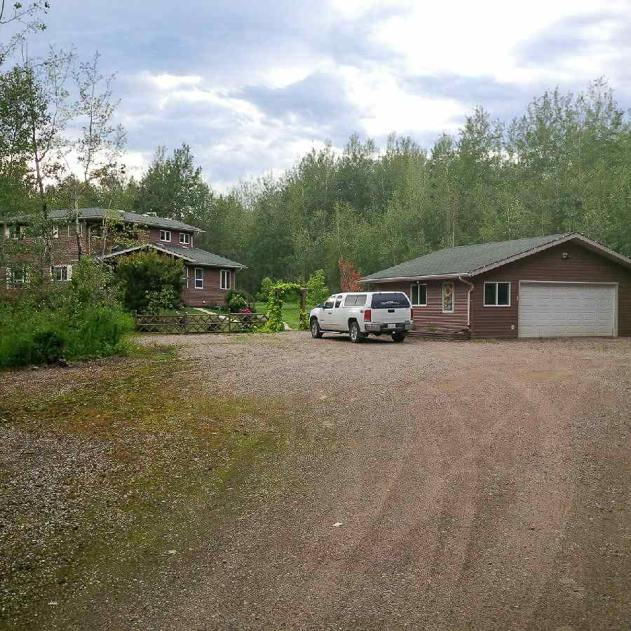 MLS® listing #E4157929 for sale located at 4611 50 Avenue