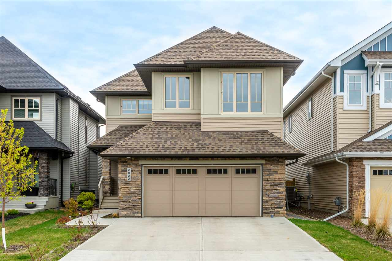 MLS® listing #E4158124 for sale located at 2022 AINSLIE Link