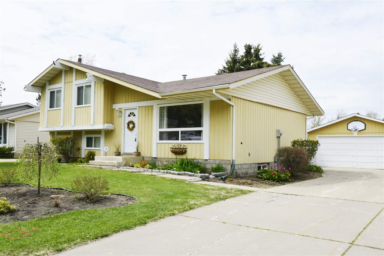 MLS® listing #E4158222 for sale located at 7 BEAVERBROOK Crescent
