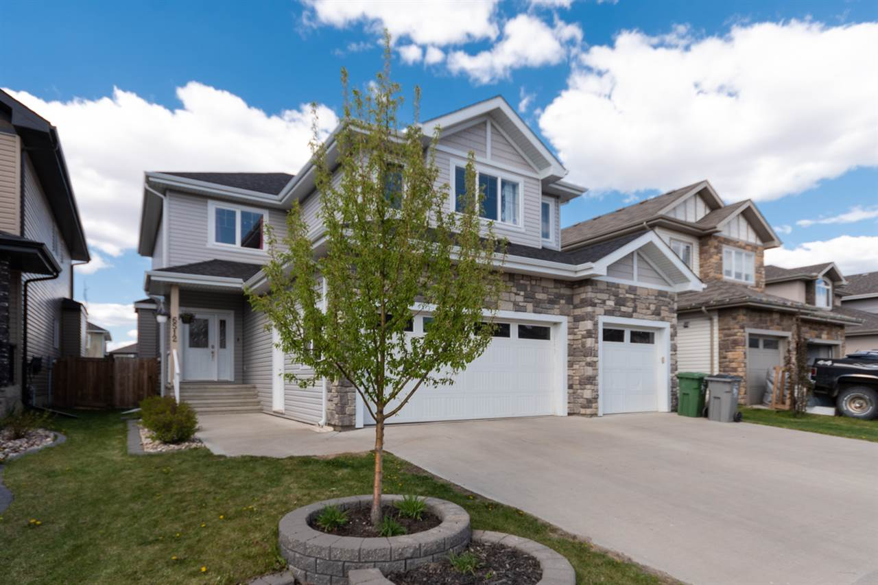 MLS® listing #E4158292 for sale located at 6512 37 Avenue