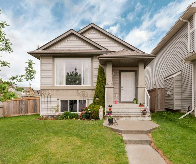 MLS® listing #E4158603 for sale located at 3717 12 Street