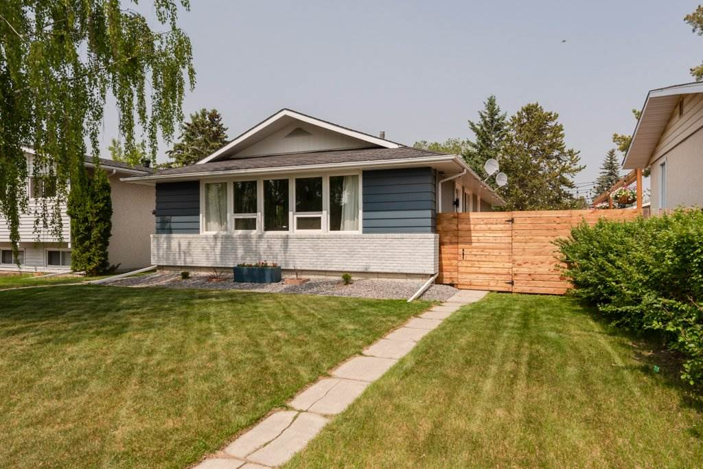 MLS® listing #E4160042 for sale located at 11428 37A Avenue
