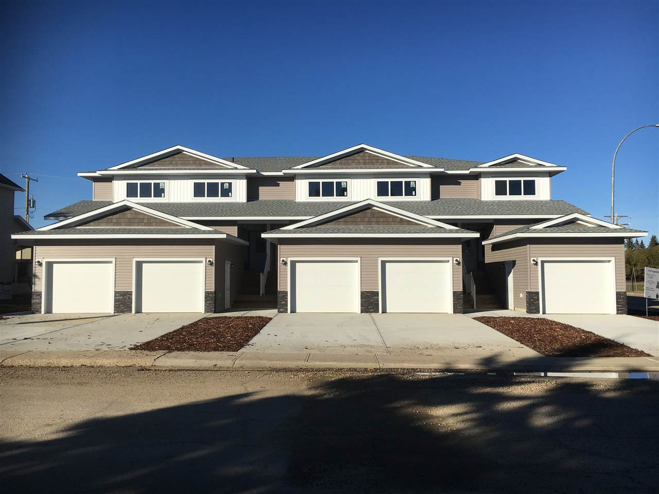 MLS® listing #E4160240 for sale