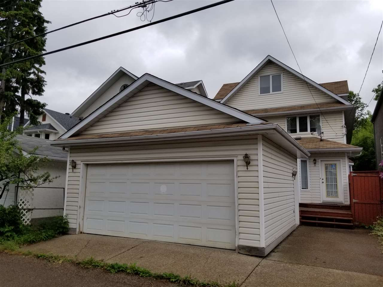 MLS® listing #E4160603 for sale located at 9615 101 Street