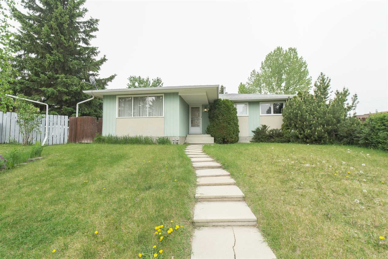 MLS® listing #E4160905 for sale located at 10 BEAVER Crescent