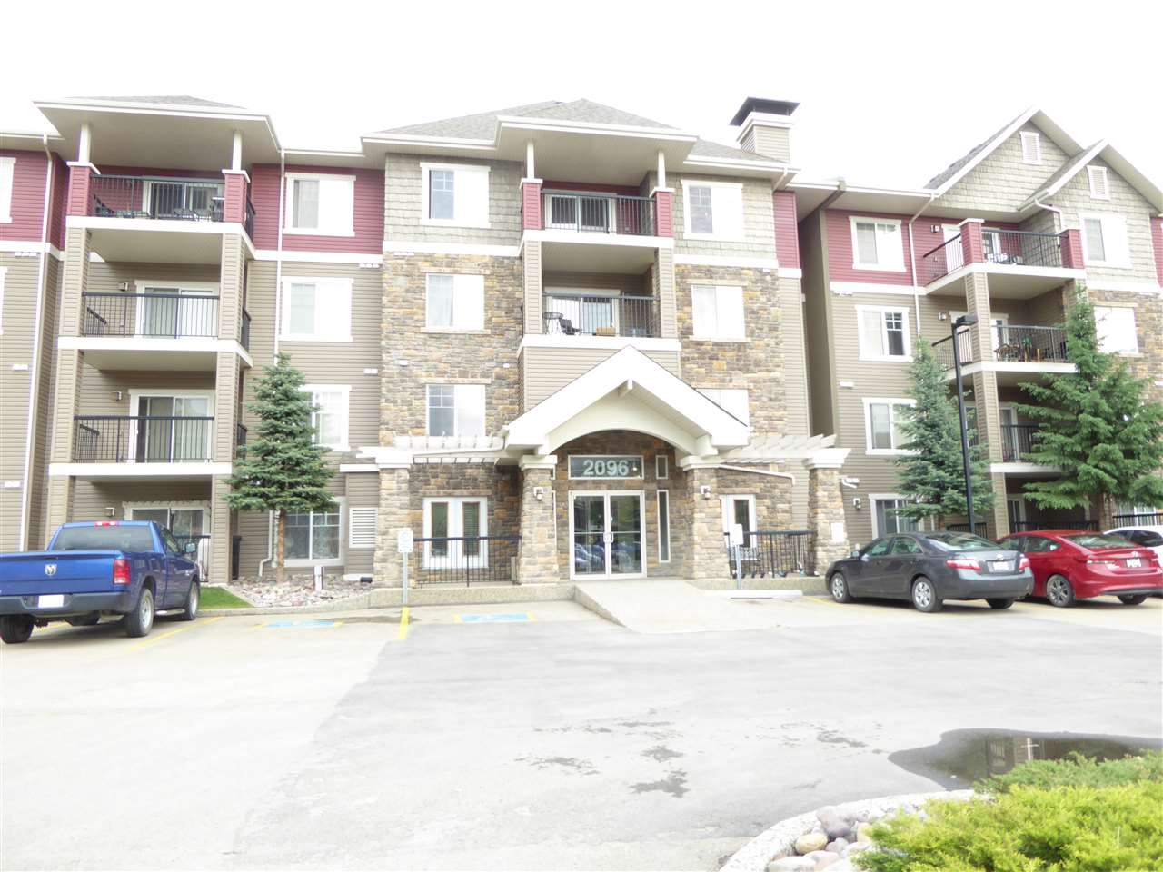 MLS® listing #E4161277 for sale located at 335 2096 Blackmud Creek Drive SW