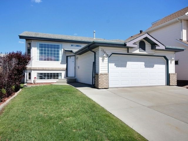 MLS® listing #E4161493 for sale located at 13818 130 Avenue