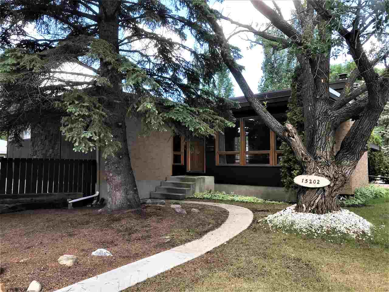 MLS® listing #E4162028 for sale located at 15202 76 Avenue