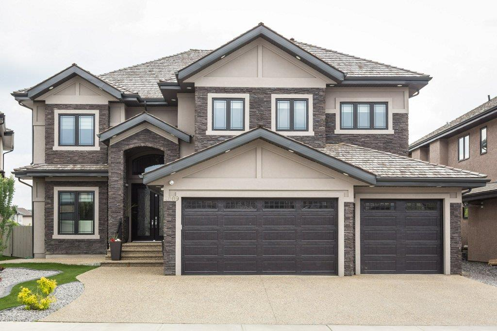 MLS® listing #E4162104 for sale located at 4009 WESTCLIFF Place