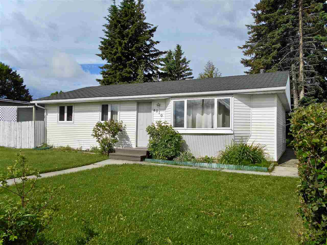 MLS® listing #E4162205 for sale located at 4916 45 Street
