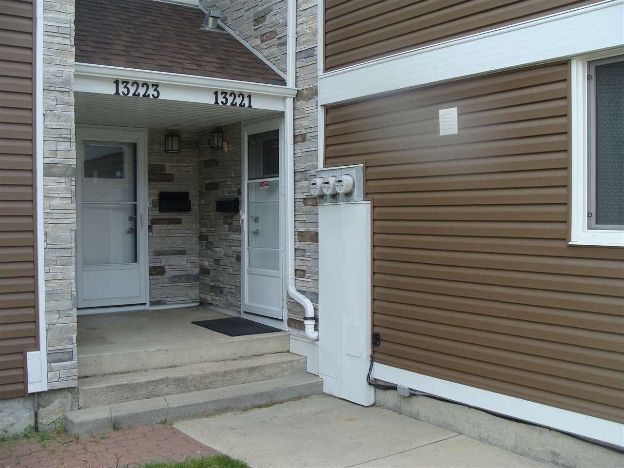 MLS® listing #E4162259 for sale located at 13221 47 Street