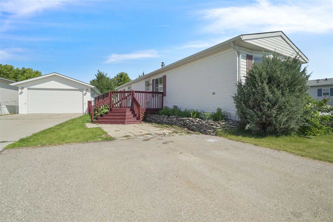 MLS® listing #E4162322 for sale located at 139 3400 - 48 Street