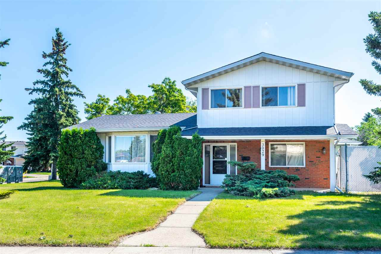 MLS® listing #E4162523 for sale located at 3029 105A Street