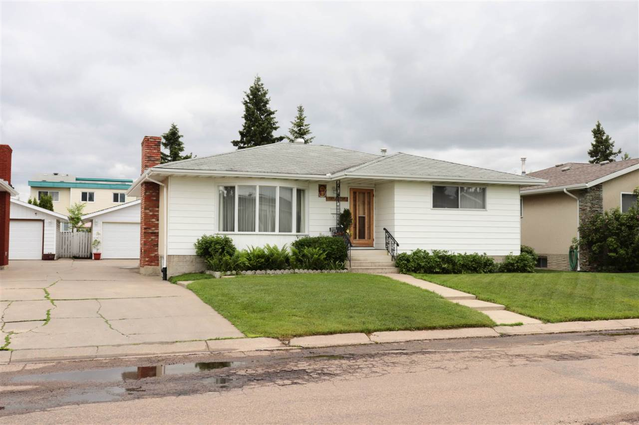 MLS® listing #E4162958 for sale