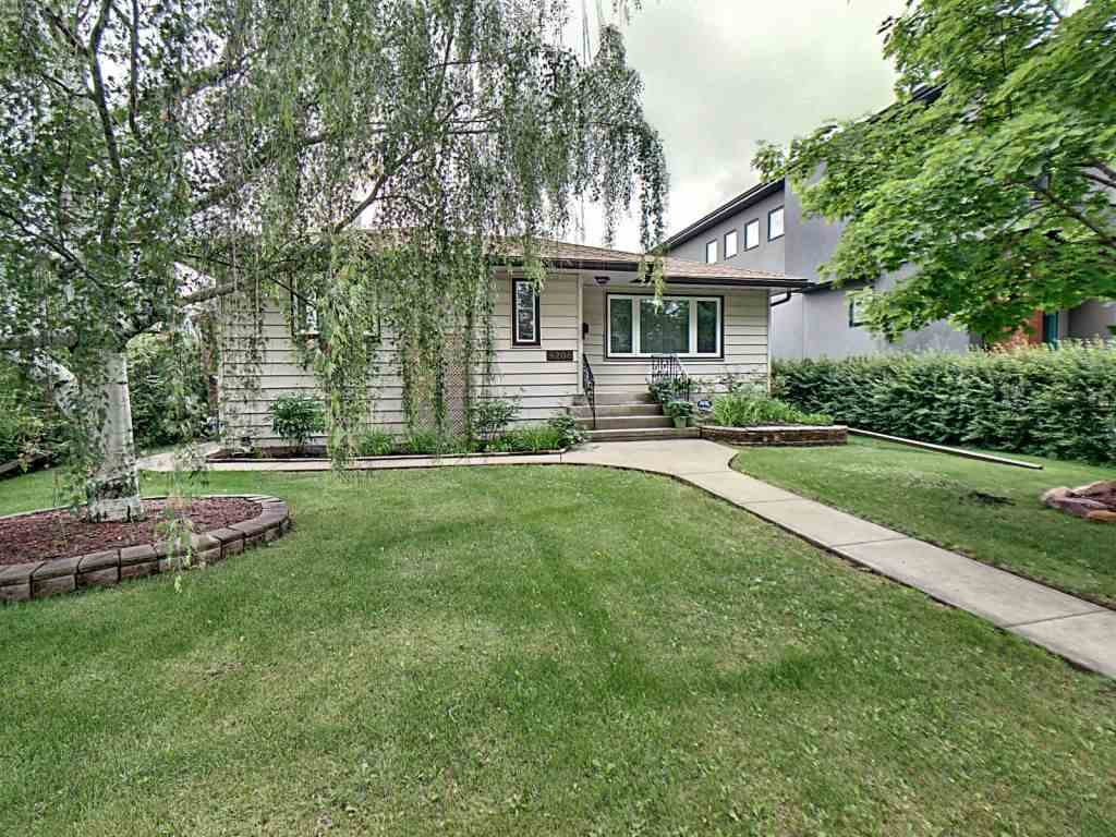 MLS® listing #E4163111 for sale located at 9208 81 Street
