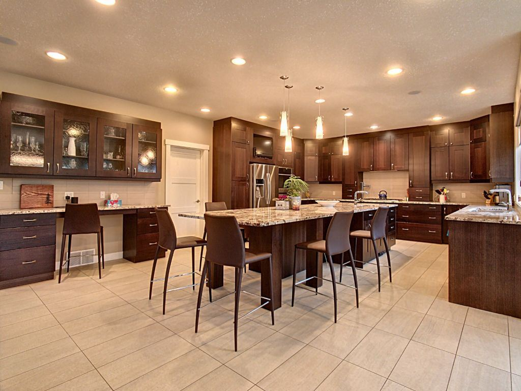 MLS® listing #E4163115 for sale located at 8 Newton Place