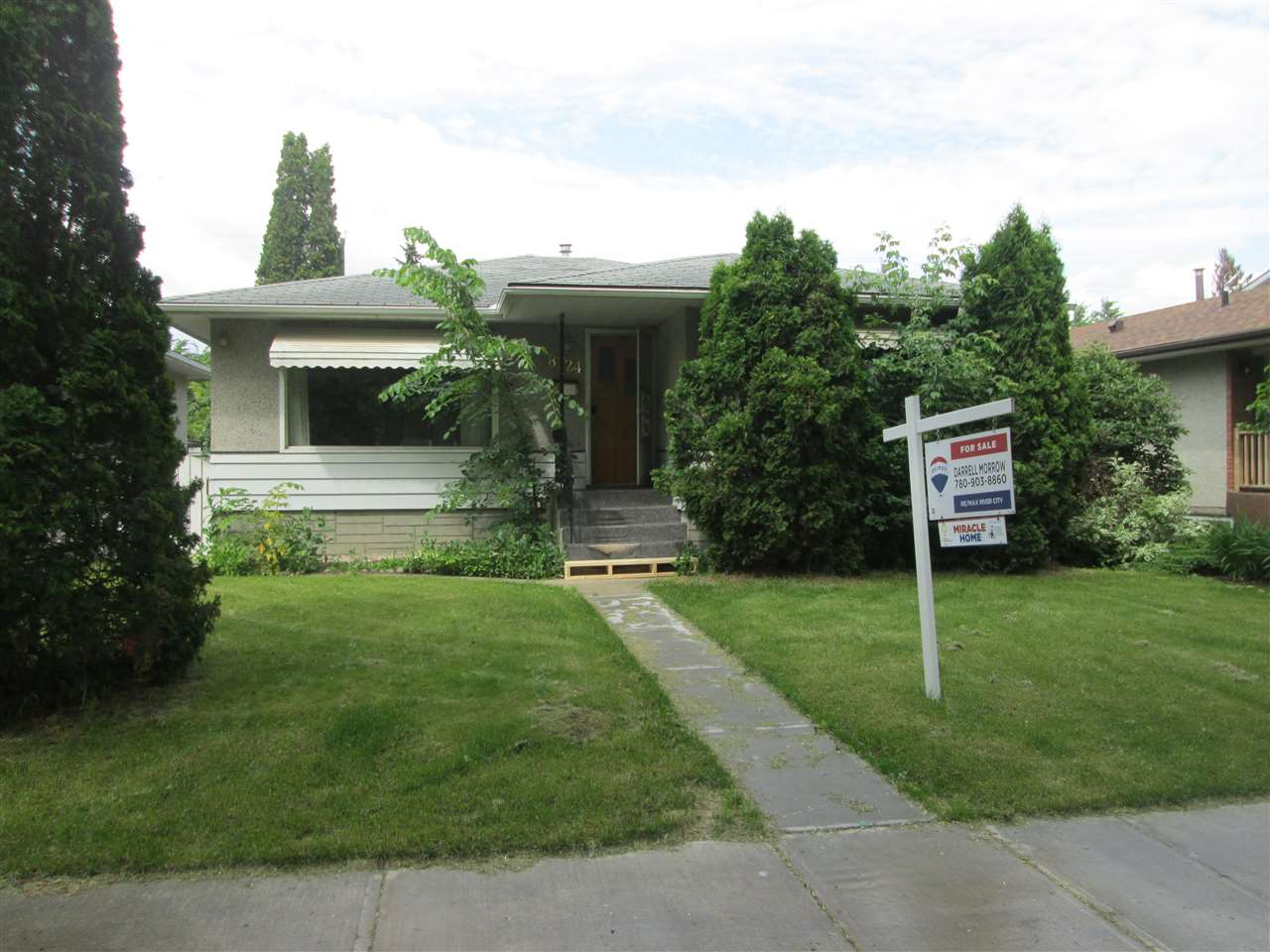 MLS® listing #E4163389 for sale located at 8724 88 Avenue