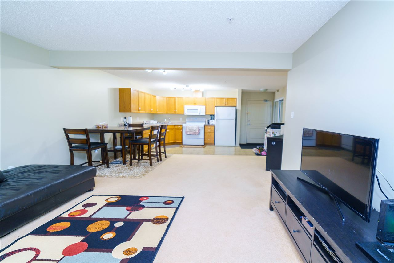 MLS® listing #E4163430 for sale located at 104 309 Claireview Station Dr NW