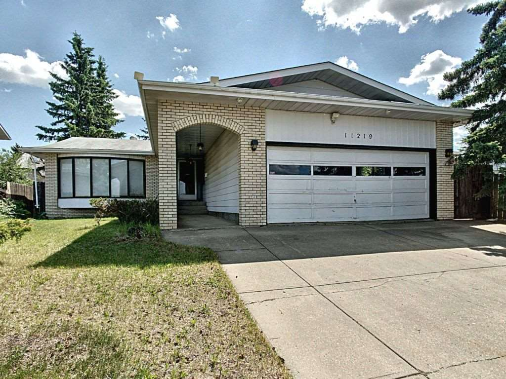 MLS® listing #E4163637 for sale located at 11219 25 Avenue